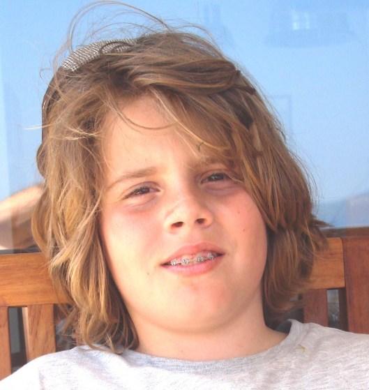 Καρυδάκης Σόλων  15 ετών. Πεζός. 4/12/2009, χτυπήθηκε από αυτοκίνητο και εγκαταλείφτηκε.  'Εζησε με μηχανική υποστήριξη μέχρι τις 9/12/2009.