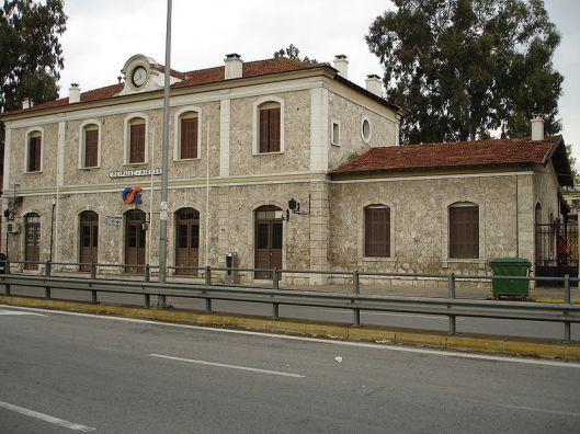 ΜΜουσείο Ρεμπέτικου Τραγουδιού aka Σιδηροδρομικός Σταθμός Πειραιά